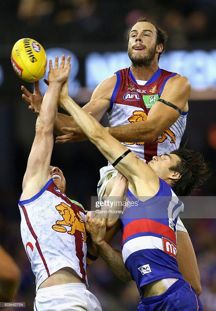 AFL Rd 5 - Western Bulldogs v Brisbane
