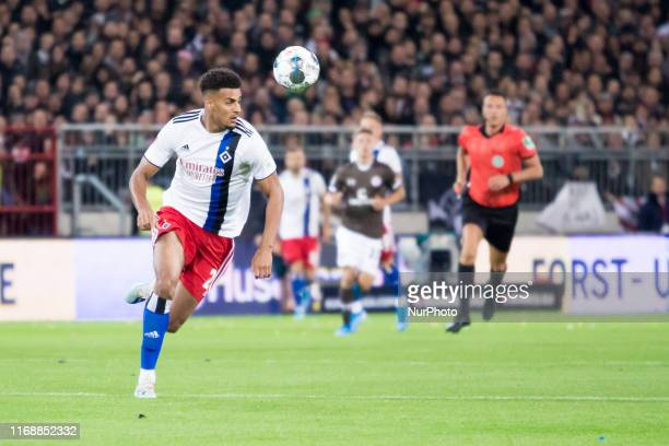 Josha Vagnoman of Hamburger SV controls the ball during the second Bundesliga match between FC St Pauli and Hamburger SV at the MillerntorStadium on...
