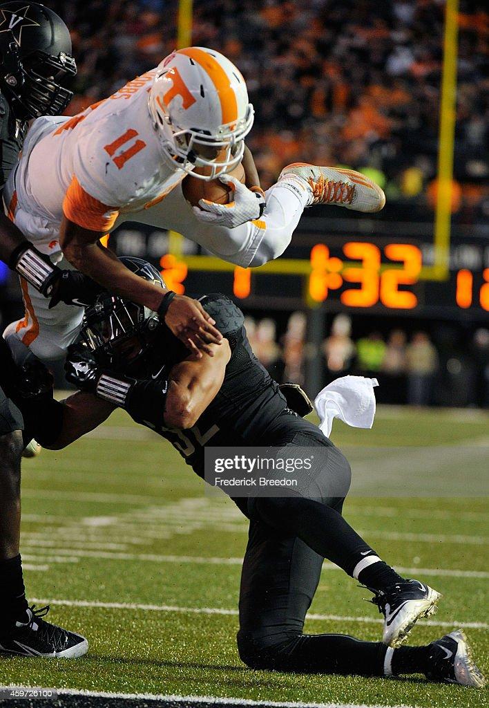 Tennessee v Vanderbilt : News Photo