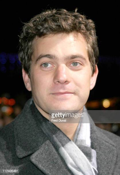 Joshua Jackson during The Aviator London Premiere Arrivals at Odeon West End Leicester Square in London Great Britain