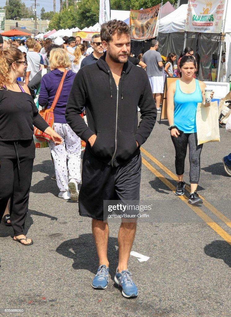 Joshua Jackson is seen on August 20, 2017 in Los Angeles, California.