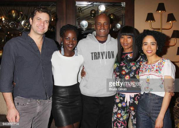 Joshua Jackson Lupita Nyong'o Kenny Leon Angela Bassett and Lauren Ridloff pose backstage at the new revival of the play 'Children of a Lesser God'...