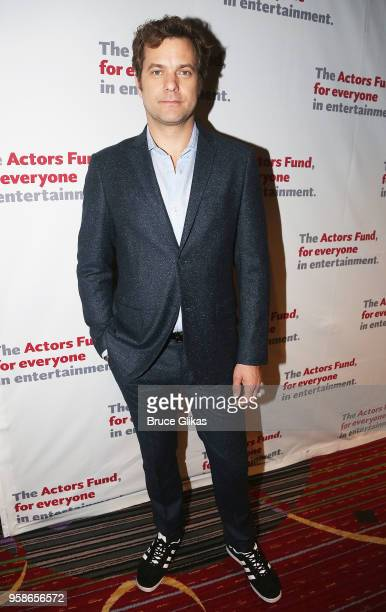 Joshua Jackson poses at The Actors Fund of America's Annual Gala Honoring Warren Beatty Uma Thurman Chita Rivera and Kenny Leon at The Marriott...