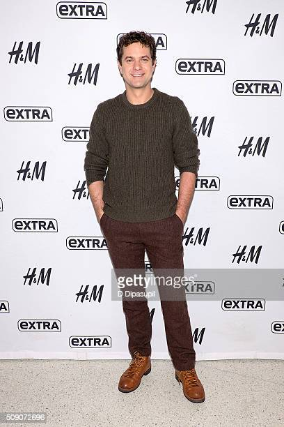Joshua Jackson visits Extra at their New York studios at HM in Times Square on February 8 2016 in New York City