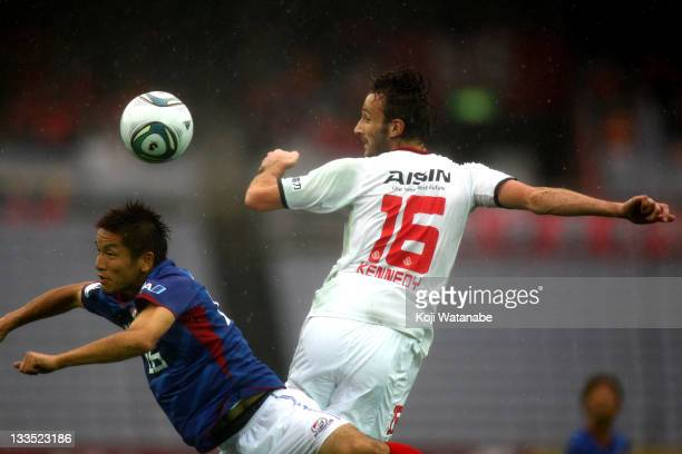 Joshua Kennedy of Nagoya Grampus in action during the JLeague match between Yokohama F Marinos and Nagoya Grampus at Nissan Stadium on November 19...
