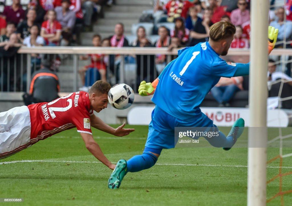 Joshua Kimmich Erzielt Das Tor Zum1 0 Waehrend Dem Fussball