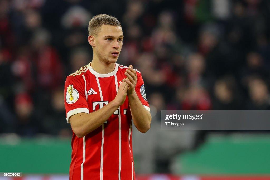 Bayern Muenchen v Borussia Dortmund - DFB Cup : Foto di attualità
