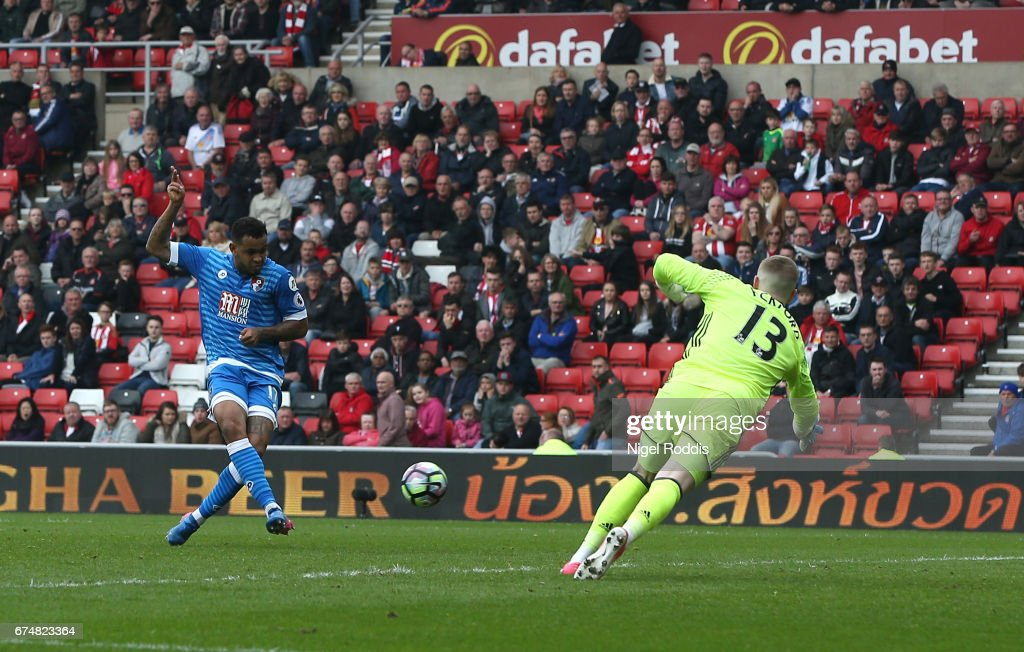 Joshua King of AFC Bournemouth scores his sides first goal during the Premier League match between Sunderland and AFC Bournemouth at the Stadium of Light on April 29, 2017 in Sunderland, England.