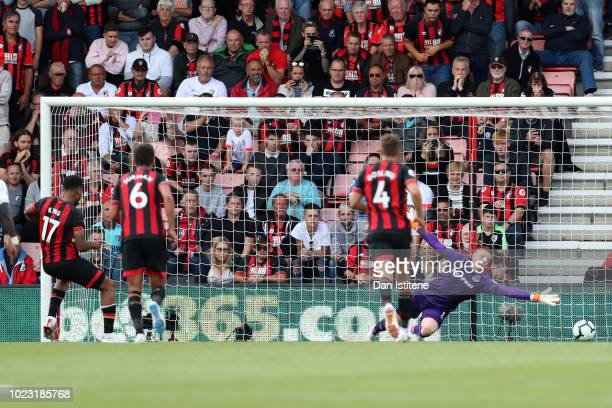 Joshua King of AFC Bournemouth scores his team's first goal from a penalty during the Premier League match between AFC Bournemouth and Everton FC at...