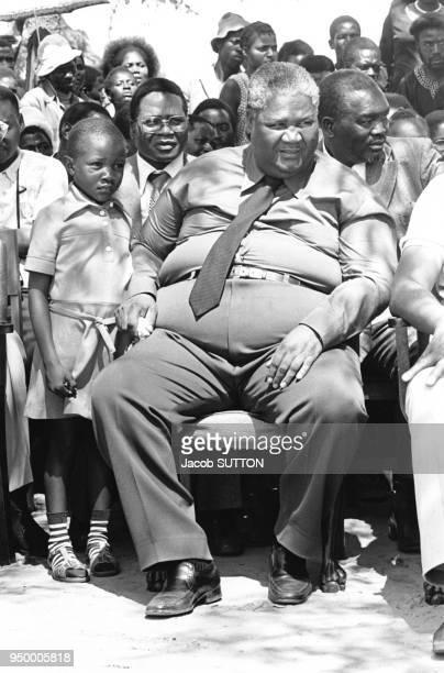Joshua Nkomo chef suprême des ZAPU dans un camp de réfugiés rhodésiens installé en Zambie le 8 janvier 1980 à Lusaka en Zambie
