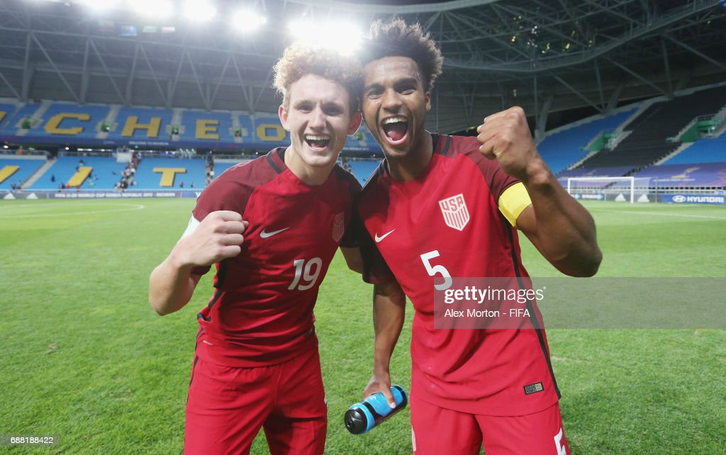 Joshua Sargent and Erik Palmer-Brown of USA celebrate after the FIFA U-20 World Cup Korea Republic 2017 group F match between Senegal and USA at Incheon Munhak Stadium on May 25, 2017 in Incheon, South Korea.