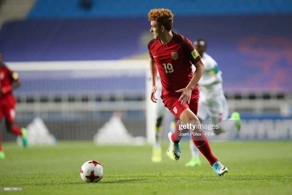 Joshua Sergant of USA controls the ball during the FIFA U-20 World Cup Korea Republic 2017 group F match between Senegal and USA at Incheon Munhak Stadium on May 25, 2017 in Incheon, South Korea.