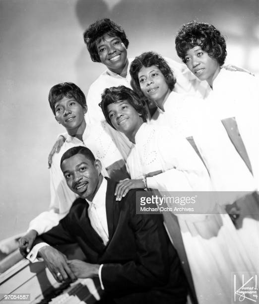 Josie Howard and Dolores Washington James Herndon Shirley Caesar Albertina Walker and Cassietta George of the gospel group 'The Caravans' pose for a...