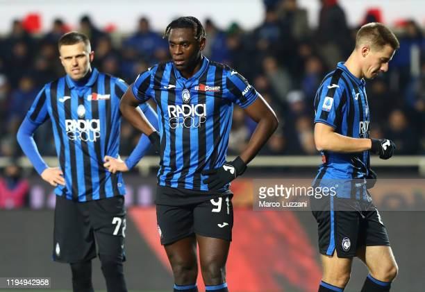 Josip Ilicic Duvan Zapata and Mario Pasalic of Atalanta BC show their dejection during the Serie A match between Atalanta BC and SPAL at Gewiss...