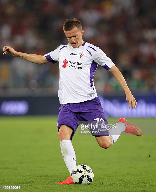 Josip Ilicic of ACF Fiorentina in action during the Serie A match between AS Roma and ACF Fiorentina at Stadio Olimpico on August 30 2014 in Rome...