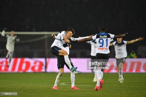 Josip Ilicic of Atalanta BC celebrates a goal with team mates during the Serie A match between Torino FC and Atalanta BC at Stadio Olimpico di Torino...