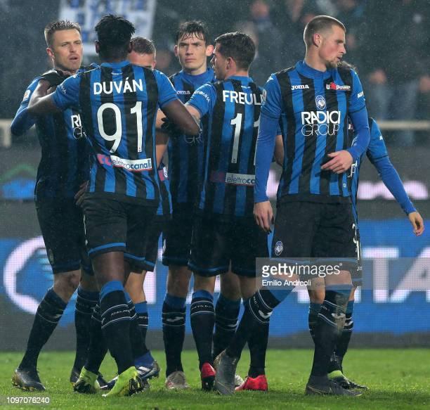 Josip Ilicic of Atalanta BC celebrates his goal with his teammates during the Serie A match between Atalanta BC and SPAL at Stadio Atleti Azzurri...