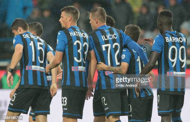 Josip Ilicic of Atalanta BC celebrates with his teammates after scoring the opening goal during the Serie A match between Atalanta BC and Parma...