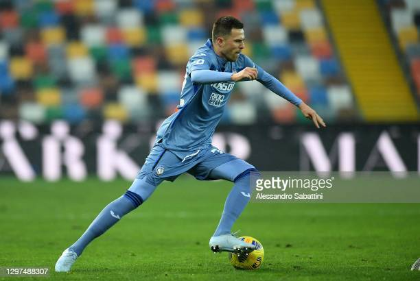 Josip Ilicic of Atalanta BC gestures during the Serie A match between Udinese Calcio and Atalanta BC at Dacia Arena on January 20, 2021 in Udine,...
