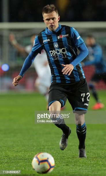 Josip Ilicic of Atalanta BC in action during the Serie A match between Atalanta BC and Bologna FC at Stadio Atleti Azzurri d'Italia on April 4 2019...