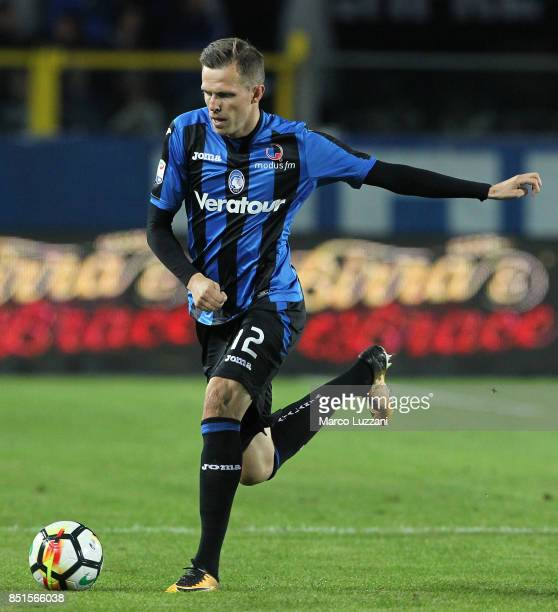 Josip Ilicic of Atalanta BC in action during the Serie A match between Atalanta BC and FC Crotone at Stadio Atleti Azzurri d'Italia on September 20...