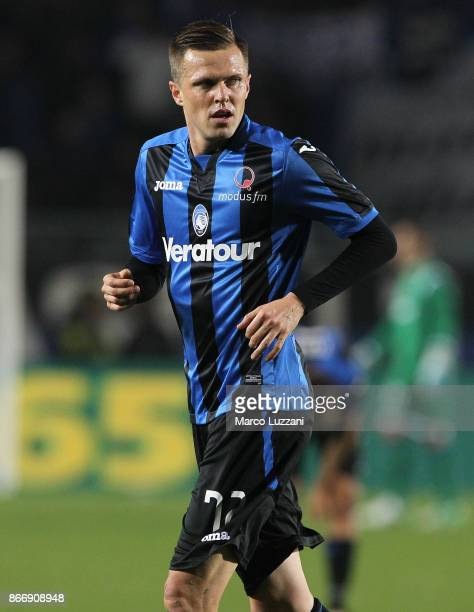 Josip Ilicic of Atalanta BC looks on during the Serie A match between Atalanta BC and Hellas Verona FC at Stadio Atleti Azzurri d'Italia on October...