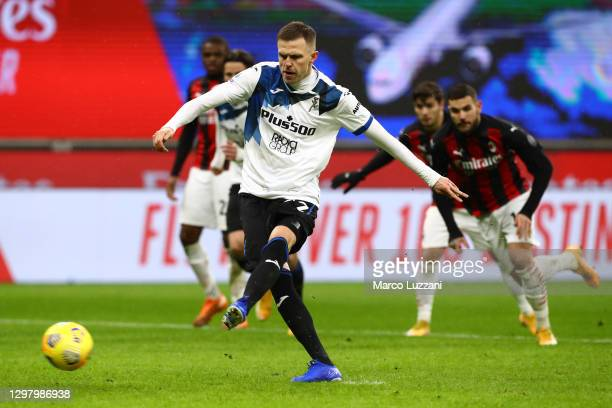 Josip Ilicic of Atalanta B.C. Scores their team's second goal from the penalty spot during the Serie A match between AC Milan and Atalanta BC at...