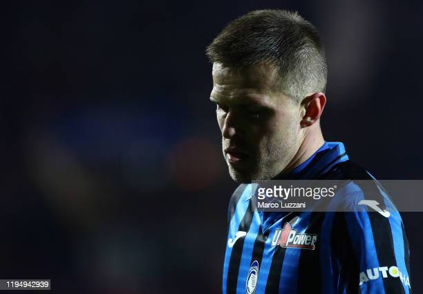 Josip Ilicic of Atalanta BC shows his dejection during the Serie A match between Atalanta BC and SPAL at Gewiss Stadium on January 20, 2020 in...