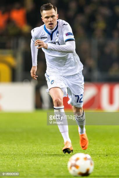 Josip Ilicic of Atalanta Bergamo during the UEFA Europa League round of 32 match between Borussia Dortmund and Atalanta Bergamo at the Signal Iduna...