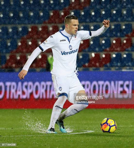 Josip Ilicic of Atalanta during the serie A match between FC Crotone and Atalanta BC at Stadio Comunale Ezio Scida on February 10 2018 in Crotone...