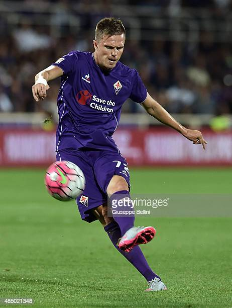 Josip Ilicic of Fiorentina in action during the Serie A match between ACF Fiorentina and AC Milan at Stadio Artemio Franchi on August 23 2015 in...