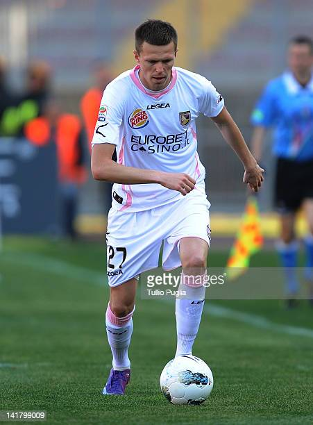Josip Ilicic of Palermo in action during the Serie A match between US Lecce and US Citta di Palermo at Stadio Via del Mare on March 18 2012 in Lecce...