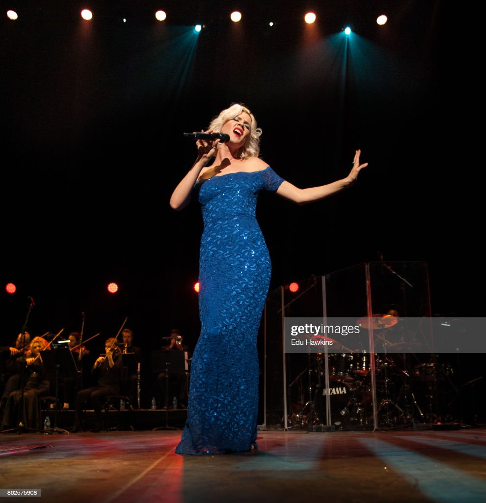 Joss Stone Performs At The Royal Festival Hall : Foto jornalística