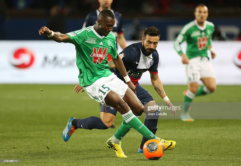 Paris Saint-Germain FC v AS Saint-Etienne - Ligue 1 : News Photo