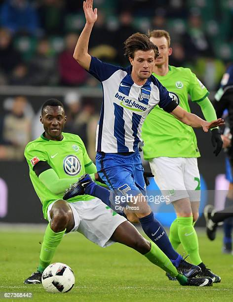Josuha Guilavogui of VfL Wolfsburg and Valentin Stocker of Hertha BSC during the game between VfL Wolfsburg and Hertha BSC on december 3 2016 in...
