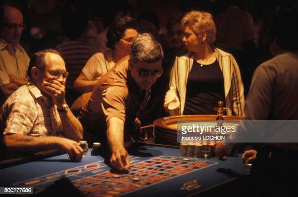 Joueurs de roulette circa 1980 à Las Vegas ÉtatsUnis