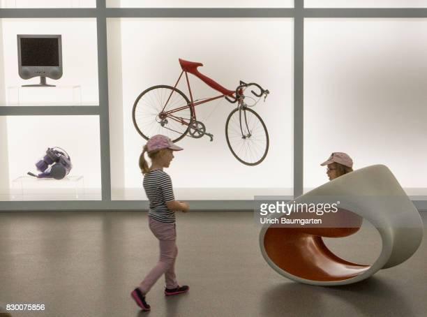 Joung visitors in the Museum Pinakothek der Moderne in Munich