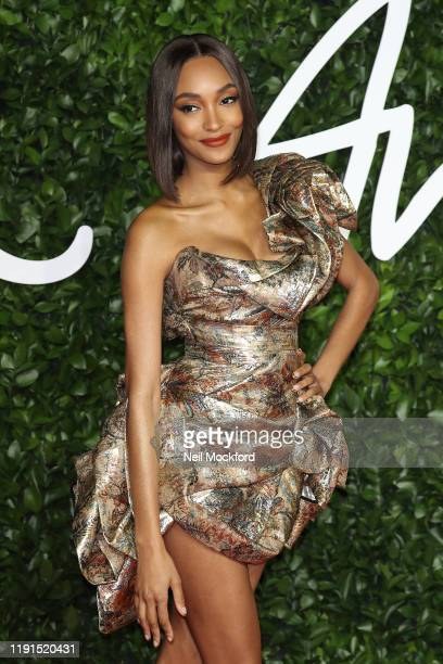 Jourdan Dunn arrives at The Fashion Awards 2019 held at Royal Albert Hall on December 02, 2019 in London, England.