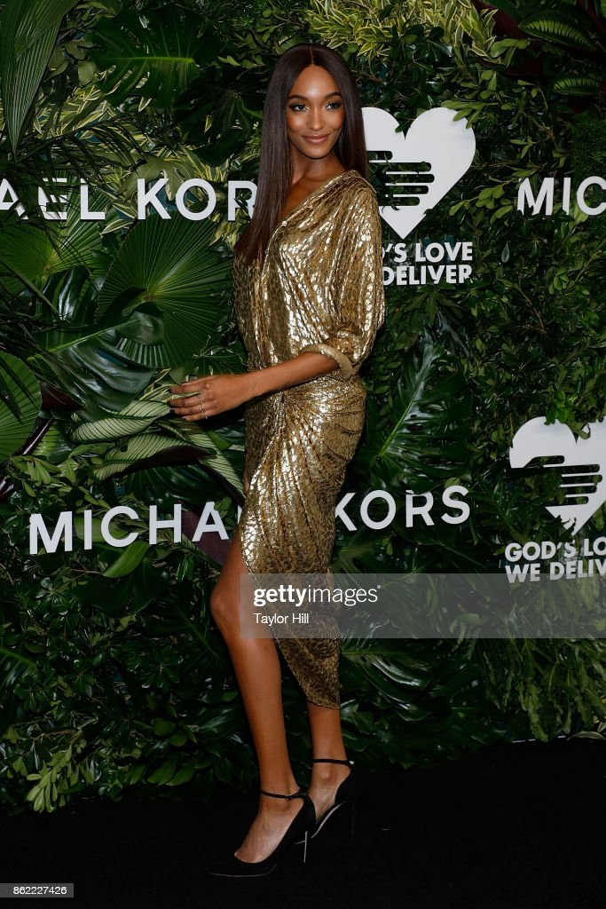 Jourdan Dunn attends the 11th Annual God's Love We Deliver Golden Heart Awards at Spring Studios on October 16, 2017 in New York City.