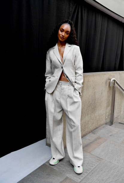 GBR: COS - Front Row - LFW September 2021