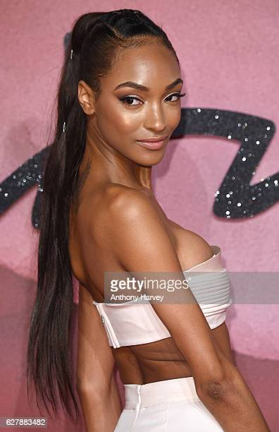 Jourdan Dunn attends The Fashion Awards 2016 on December 5 2016 in London United Kingdom