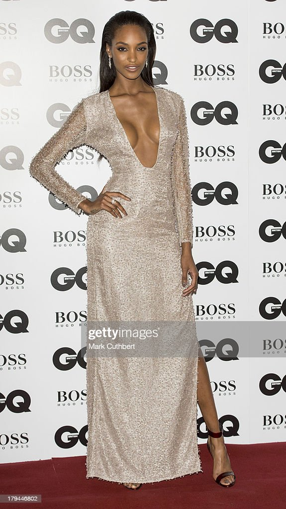 GQ Men Of The Year Awards - Red Carpet Arrivals : News Photo
