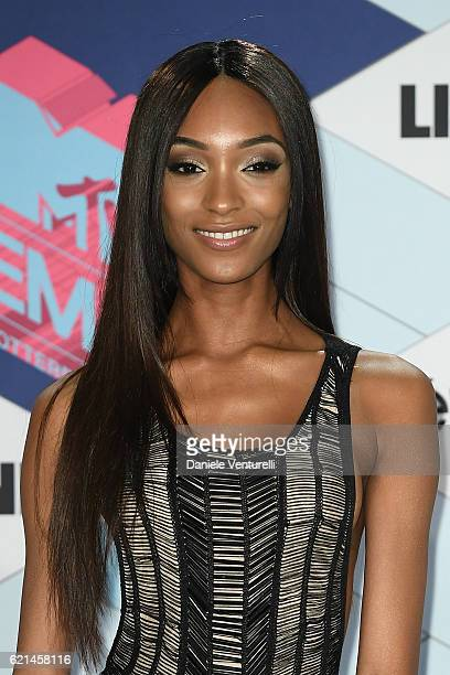 Jourdan Dunn poses in the winners room at the MTV Europe Music Awards 2016 on November 6 2016 in Rotterdam Netherlands
