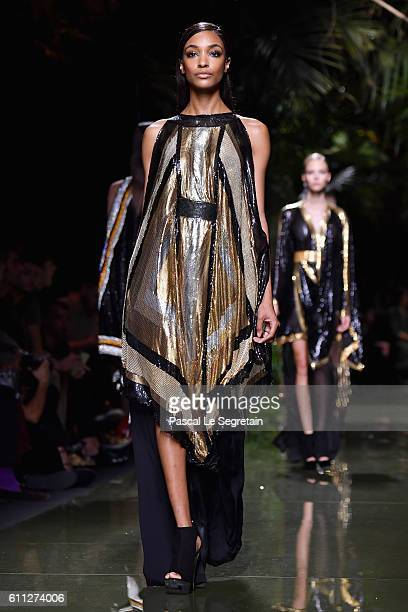 Jourdan Dunn walks the runway during the Balmain show as part of the Paris Fashion Week Womenswear Spring/Summer 2017 on September 29 2016 in Paris...
