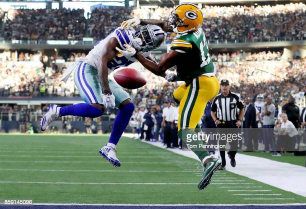 Jourdan Lewis of the Dallas Cowboys breaks up a pass intended for Davante Adams of the Green Bay Packers in the fourth quarter at ATT Stadium on...