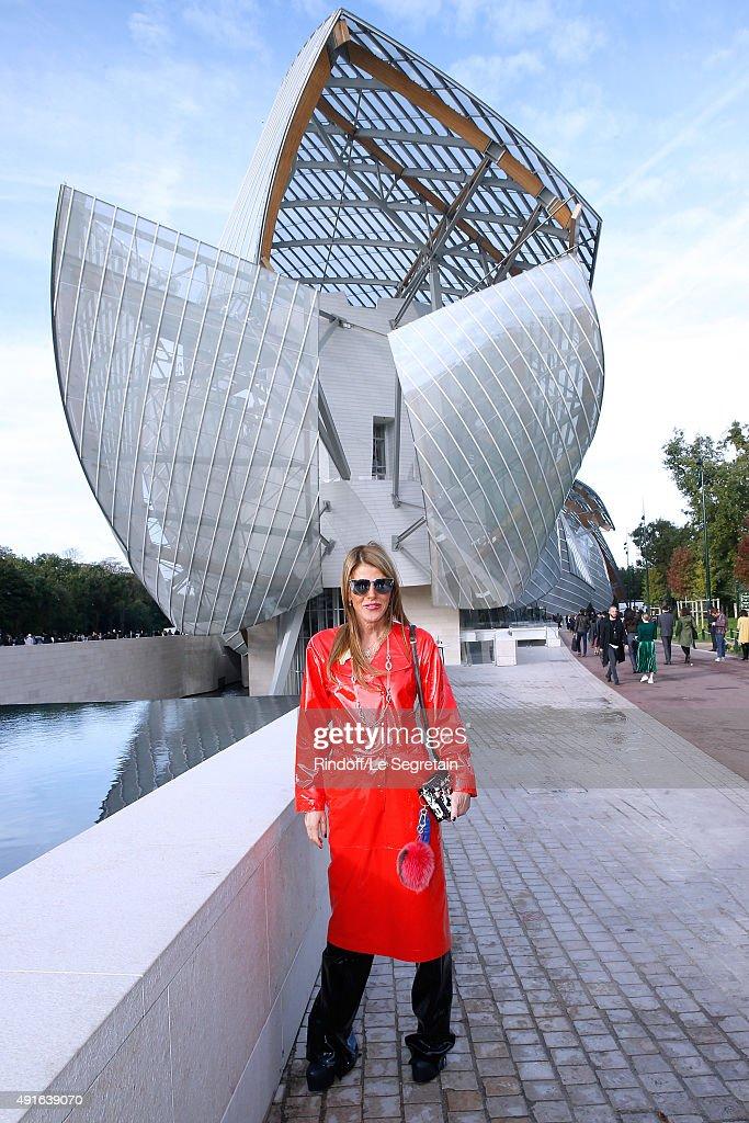 Journalist Anna Dello Russo attends the Louis Vuitton show as part of the Paris Fashion Week Womenswear Spring/Summer 2016. Held at Fondation Louis Vuitton on October 7, 2015 in Paris, France.