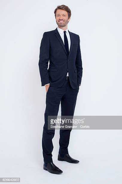 Journalist Antoine Genton poses during a photo-shoot in Boulogne Billancourt on September 22 , 2016 in Boulogne Billancourt, France.