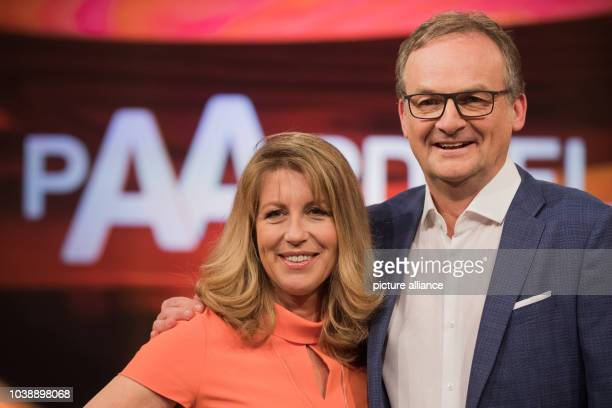 Journalist couple Anne Gesthuysen and Frank Plasberg on the set of the German TV quiz show 'Paarduell' in Huerth, Germany, 21 March 2017. Becker will...