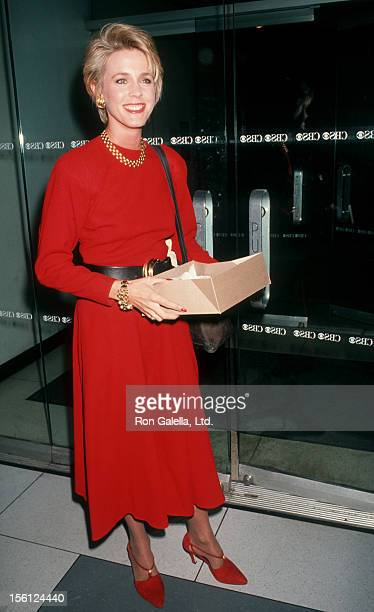 Journalist Deborah Norville attending the taping of 'The Joan Rivers Show' on March 1 1993 at the CBS Broadcast Center in New York City New York