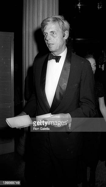 Journalist George Plimpton attends Diana Vreeland's Costume Exhibit on December 8, 1980 at the Metrpolitan Museum of Art in New York City.